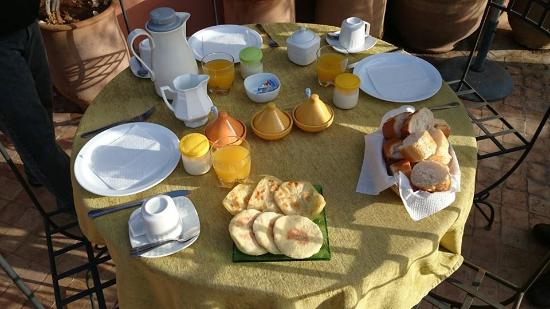 Riad Dar Foundouk: Petit déjeuner