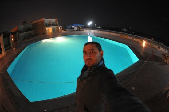 Arish, Αίγυπτος: night photo for swimming pool