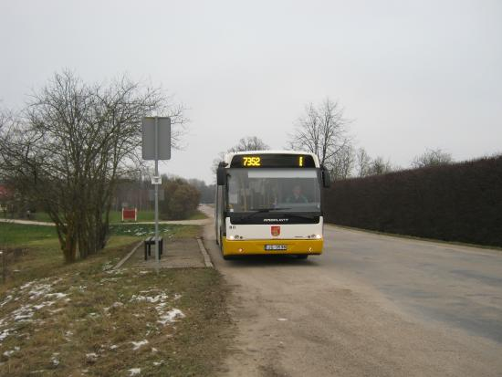 Bus arriving in Pilsrundale stop from Bauska