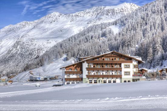 Hotel Jagdhof: Aussenansicht