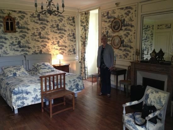 Indre-et-Loire, Francia: Spacious Bedroom