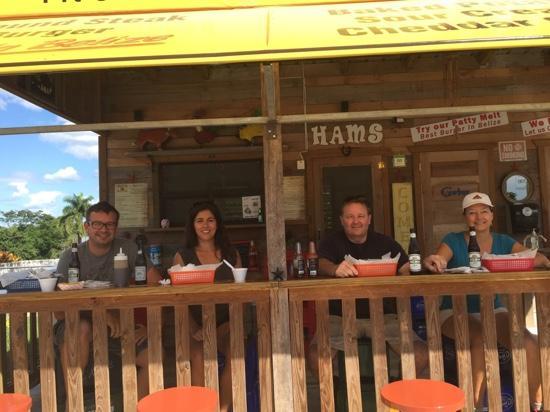 Ham's Barbecue: dang great food
