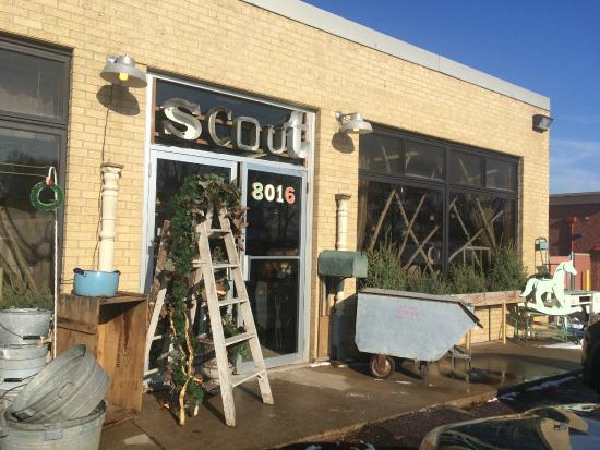 Golden Valley, MN: Scout Vintage