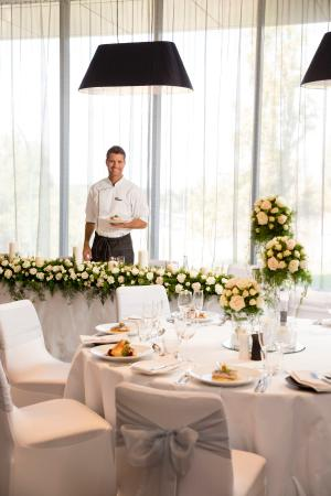 Weddings at Fraser Suites Perth