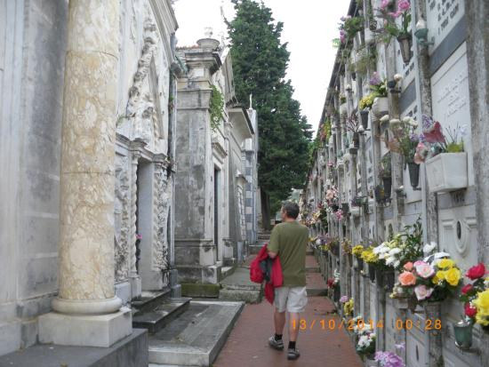 Church of San Francesco - Capuchin Friars Monastery : interesting cemetery