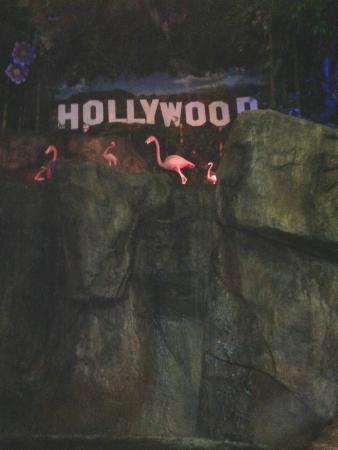 Hollywood Palms Cinema: Great Family night