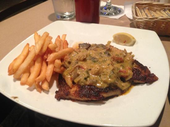 Perdido Key Oyster Bar Restaurant: Blk grouper w/ crawfish julie