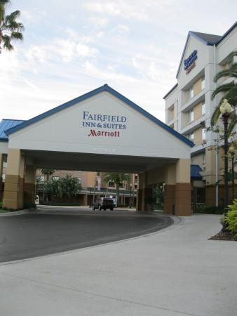 the outside carport picture of fairfield inn suites. Black Bedroom Furniture Sets. Home Design Ideas