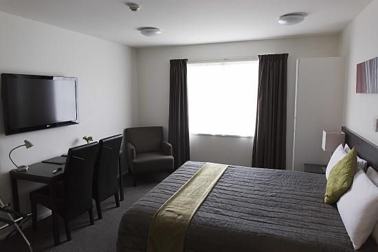 Heartland Hotel Auckland Airport: Large  rooms with 2 doubles