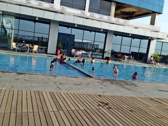 The Big Pool Picture Of Swiss Belhotel Cirebon Cirebon Tripadvisor