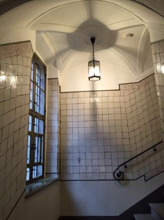 das sehr sch ne treppenhaus picture of hotel fregehaus leipzig tripadvisor. Black Bedroom Furniture Sets. Home Design Ideas