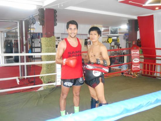 camp Sit Thaharnaek Muay Thai