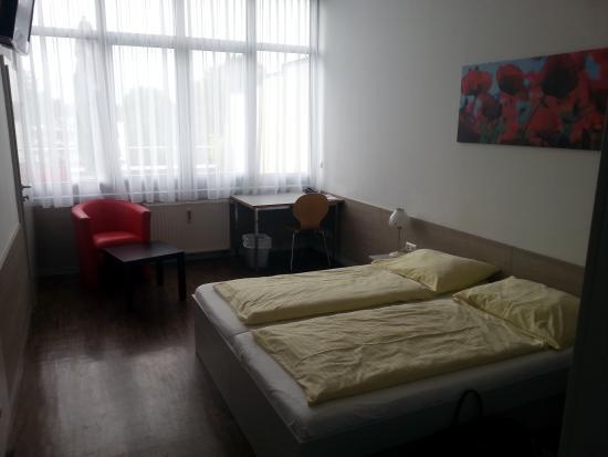 AllYouNeed Hotel Klagenfurt: Zimmer