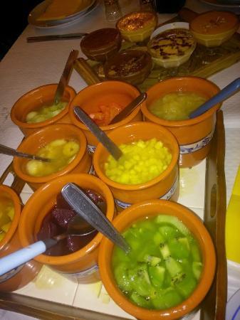 Cantinho da Serra: Fruta e sobremesas