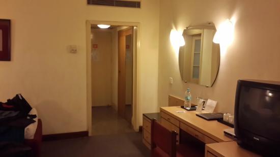 Cama Hotel: Room