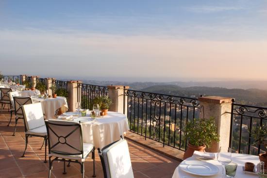 Château Saint-Martin & Spa : Saint-Martin restaurant terrace