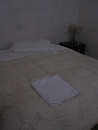 Happy Holiday Bed and Breakfast: letto