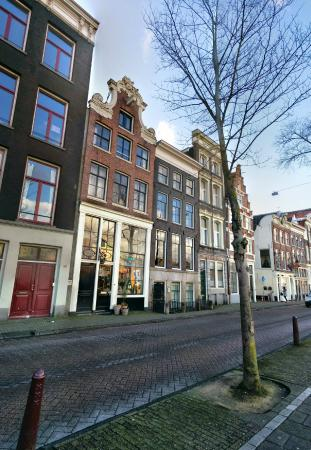 Beautiful street picture of hampshire hotel eden for Eden hotel amsterdam