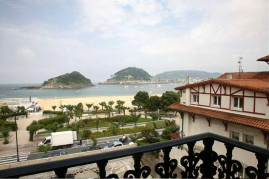 Hotel La Galeria: Vista de la Habitación hacia la Bahia de la Concha