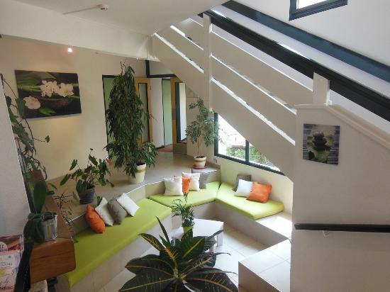 Inter-Hotel Le Beaulieu : salon accueil