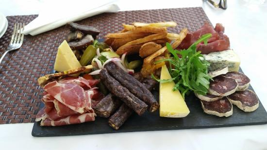 Racine Restaurant: Charcuterie and cheese board - great value and flavours