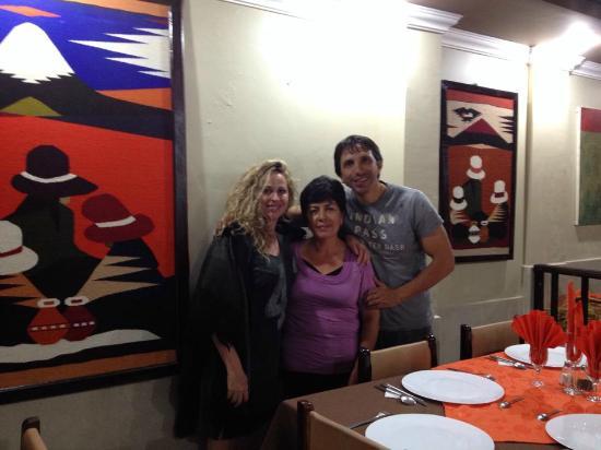 Hostal Jora Continental : En el restaurante del hostal Jora con su magnífica dueña y cocinera, ¡Rosa!