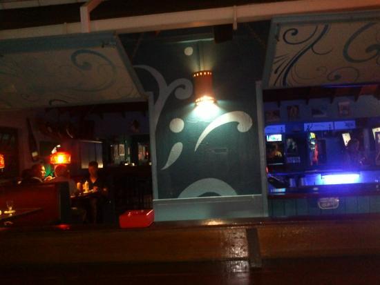 The Blue Room Sports Bar & Grill : Foto bar