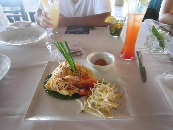Lotus Restaurant : Pad Thai