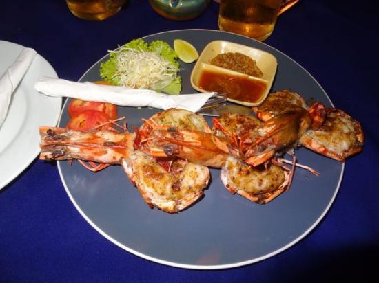 Moonwalk Lanta Resort: Tiger prawns