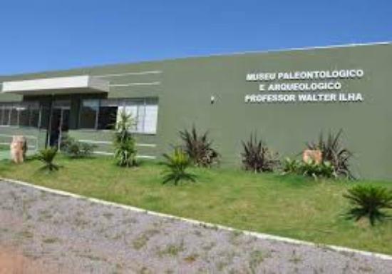 Museu Arqueológico e Paleontológico Walter Ilha