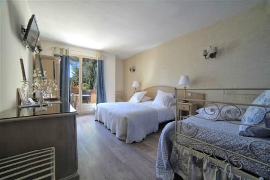 Photo of Le Mas des Ecureuils Hotel Aix-en-Provence