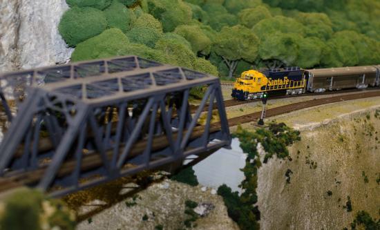 Miniature World of Trains: So life-like