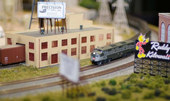 Miniature World of Trains: Feels like you are in a real life town