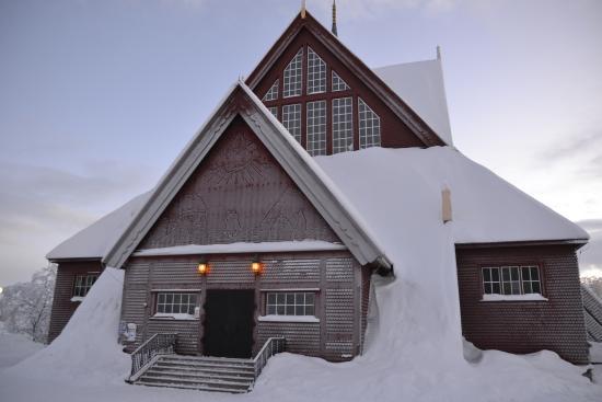 Kiruna Kyrka: The church in the winter.