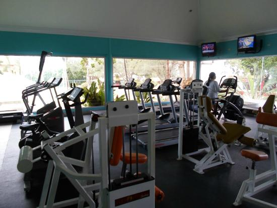090f6554f gym - Picture of Sunscape Splash Montego Bay