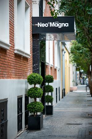 NeoMagna Madrid: Entrance