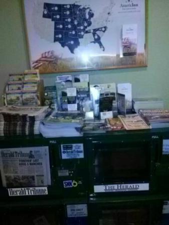 La Quinta Inn & Suites Sarasota I-75 : Local information resources