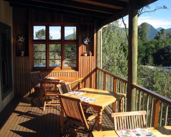 At The Woods Guest House: Breakfast verandah