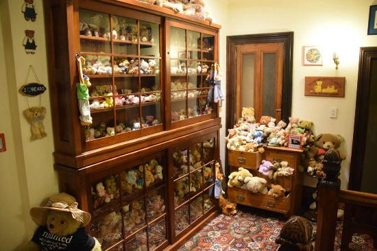 Eliza's Manor Boutique Hotel : Beware the bears - this is only half of them