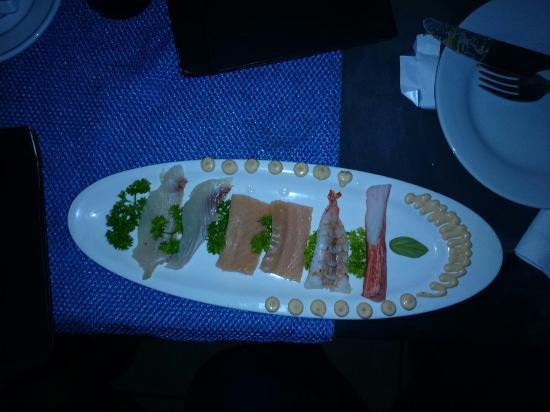 La Casserole : Sashimi pulpo �� salmón y corvina