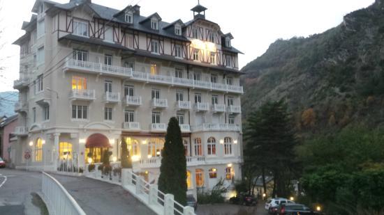 Charmant Golf Hotel: Golf Hôtel En Fin Du0027après Midi (côté Parking)
