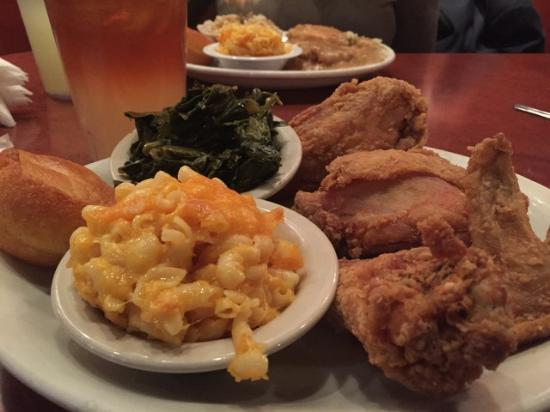 Gladys Knight & Ron Winan's Chicken And Waffles : If loving food this good is wrong ...You don't want to be right!