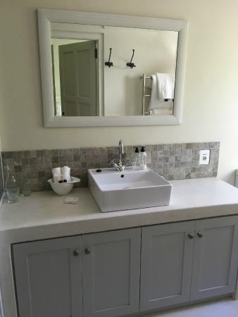 Maison d'Ail Guest House : Our bathroom