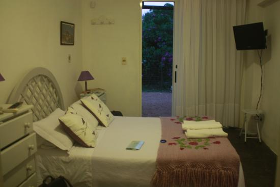 Casa Sul Mare Bed & Breakfast: Room at the Cottage