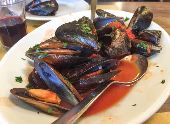 Osteria da Codroma : Cozze (sautéed mussels)