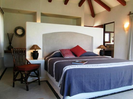 Solana Boutique B&B : One of our grand suites
