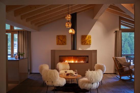 La Vue Luxury Living