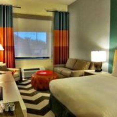 Doubletree By Hilton Hotel Galveston Beach Junior Suite Ada Room