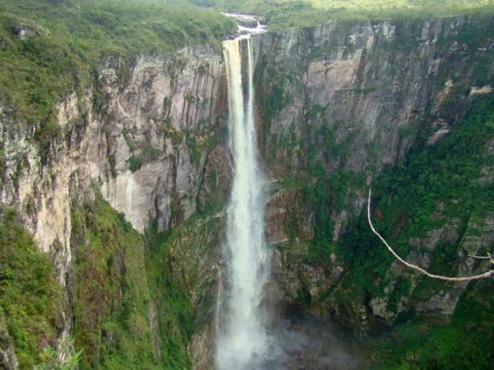 Barcelos, AM: Cachoeira