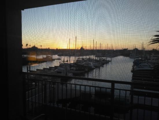 Hampton Inn Channel Islands Harbor: Nice harbor view sunset